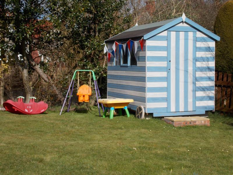 Children's Garden Beach Hut