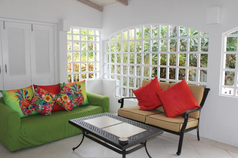 Affordable  Villa On south Coast, casa vacanza a Rockley