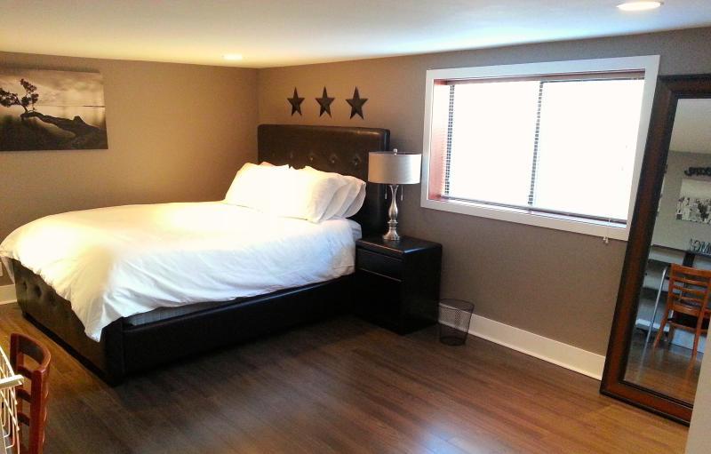 Dormitorio 1 con cama queen size
