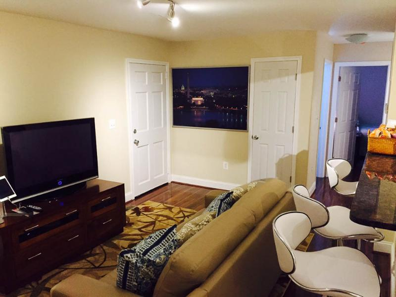 2 br 1 bth minutes to DC, location de vacances à Halifax
