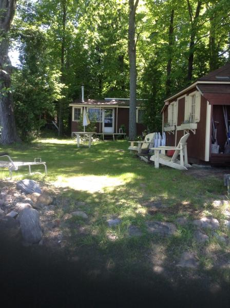 Water Front Cottage 1 1/2 hours North of Toronto, holiday rental in Big Chute