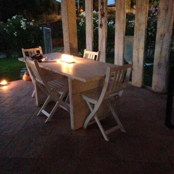 tavolone da pranzo in patio