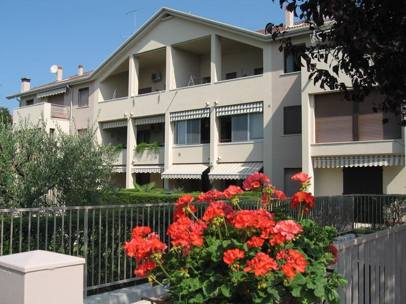 ' Strale ' accogliente appartamento in posizione ideale per visitare il lago di Garda