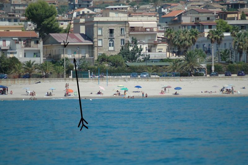 a 50 metri dal mar Jonio, holiday rental in Gioiosa Ionica