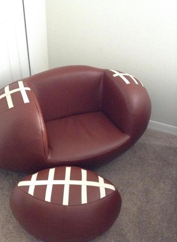 Twin bedroom Sport Chair