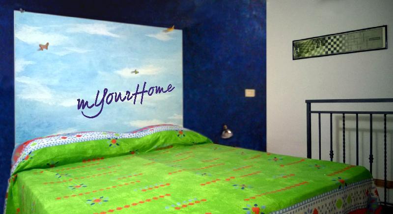 mYourHome 'nica' huis, klein maar gezellig, kleurrijke en inventief in het historische centrum van de stad