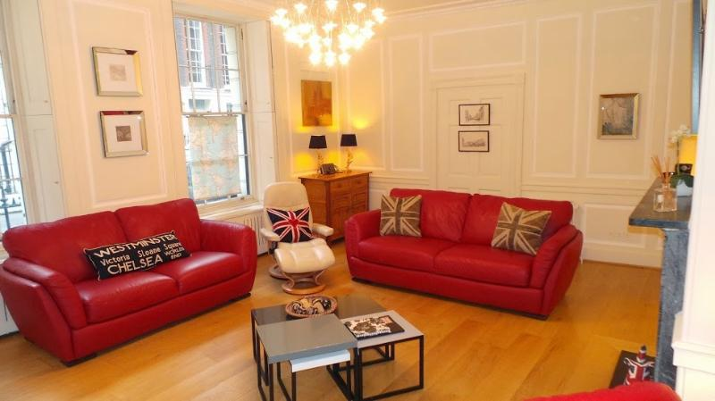 Trafalgar Square Flat, vacation rental in London