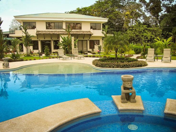 Poolside view of Villa Catorce.