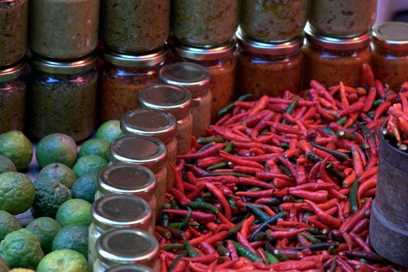 Le célèbre marché forain de SAINT PAUL à 10 min