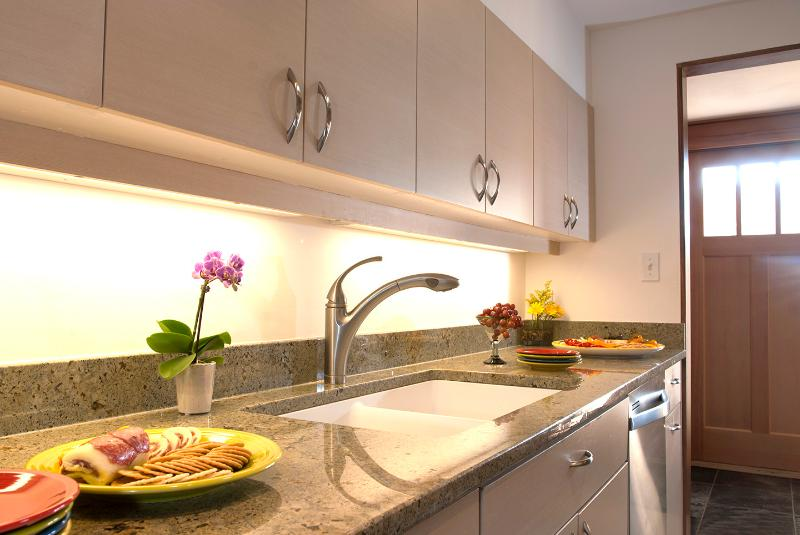 Slate floors and granite countertops add beauty to this wonderful kitchen.