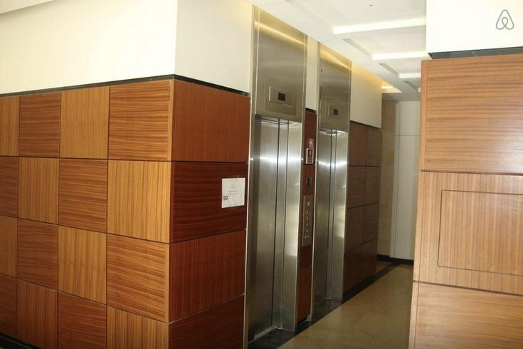2 elevators.