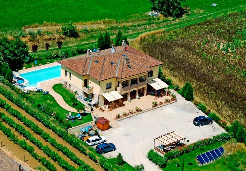 Villa La Serena, Umbria, location de vacances à Castiglione della Valle