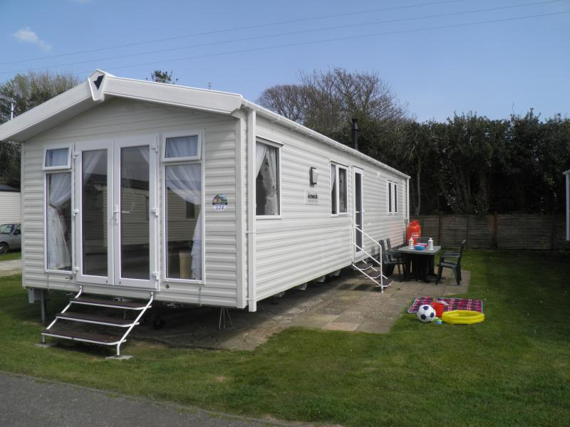 3 bedroom Holiday Home / Caravan  in Pagham, holiday rental in Bracklesham Bay