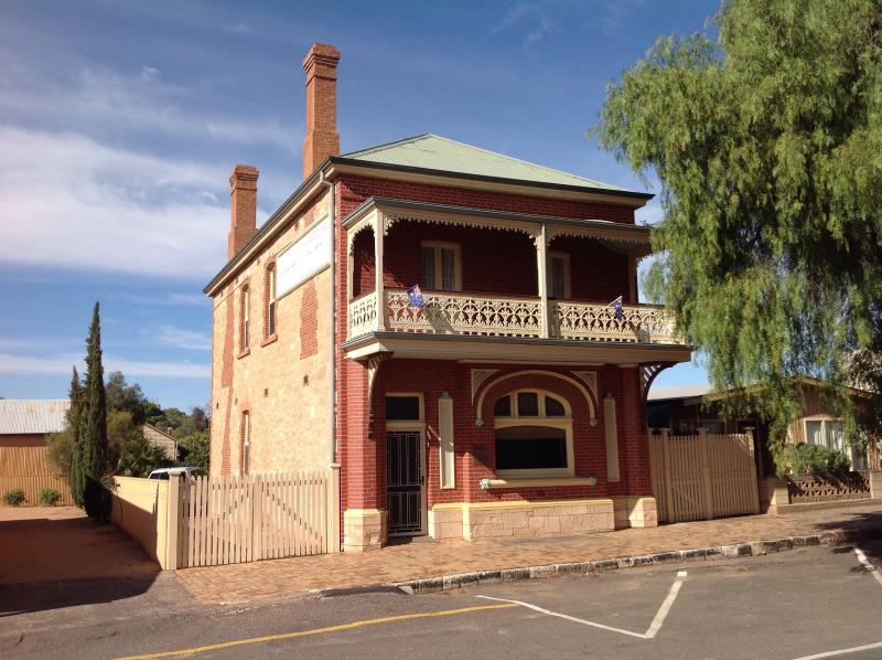 Savings Bank SA - Old Quorn Br, alquiler de vacaciones en Flinders Ranges