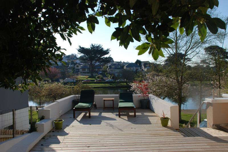 Lakeside Apartment, vacation rental in Newquay