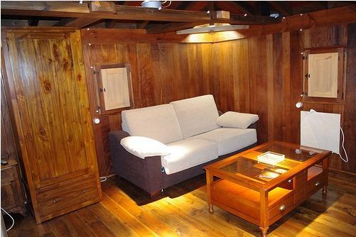 Interior del Hórreo con sofá cama