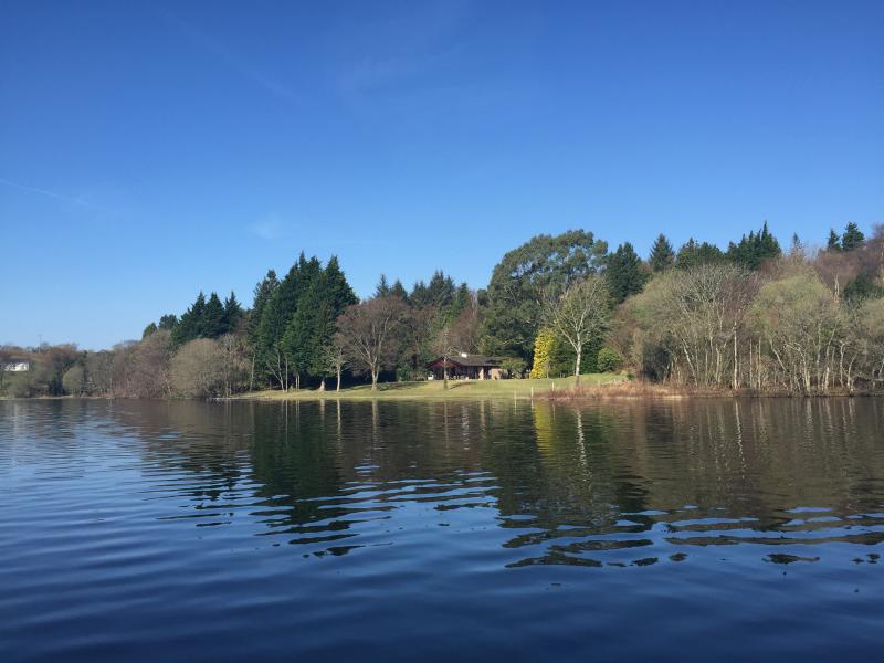 Stunning Lakeside property