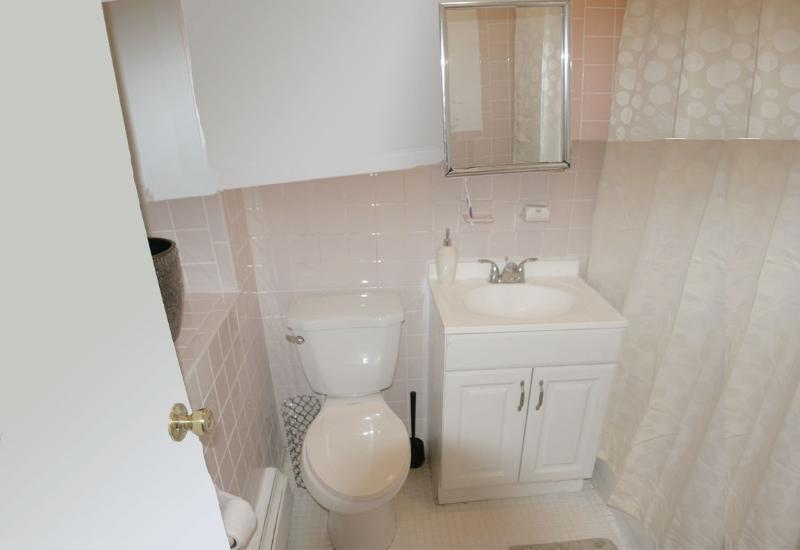 MORE VIEWS OF SECOND BATHROOM WHICH YOU MAY ALSO USE WHILE STAYING WITH US.