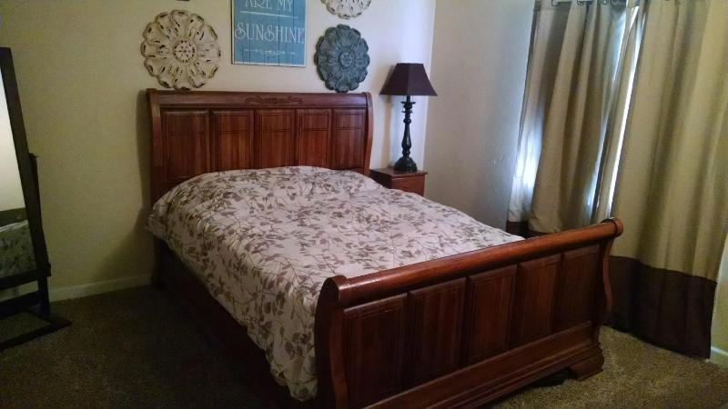 Master bedroom: queen bed, full closet, chest of drawers.