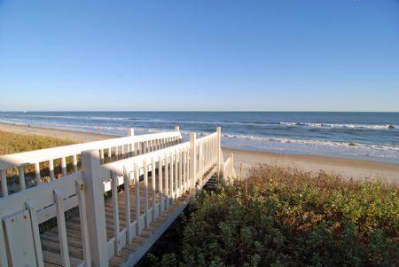 Acceso privado comunidad playa
