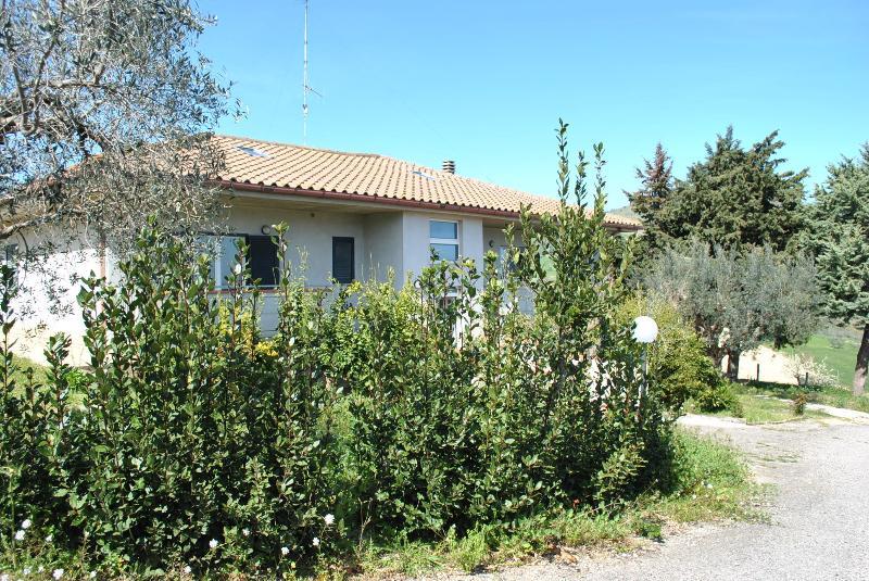 villetta in campagna a Tortoreto, vacation rental in Tortoreto