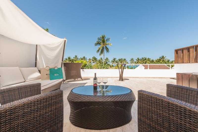 Kick back on the private penthouse rooftop or enjoy the whirlpool