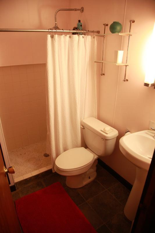 sala de baño arriba