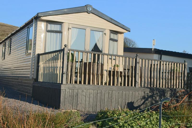Decking area outside Snowdonia Retreat