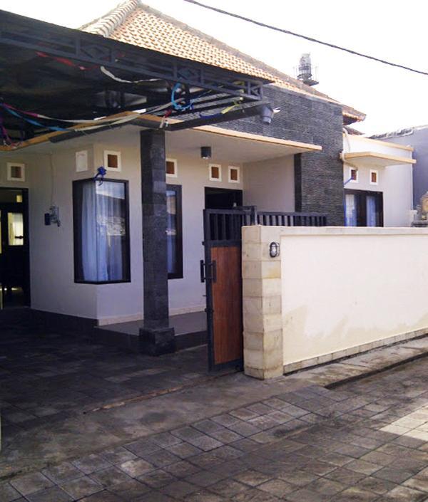 house 4 bedrooms 3 bathrooms full furnished bali, holiday rental in Pemecutan Klod