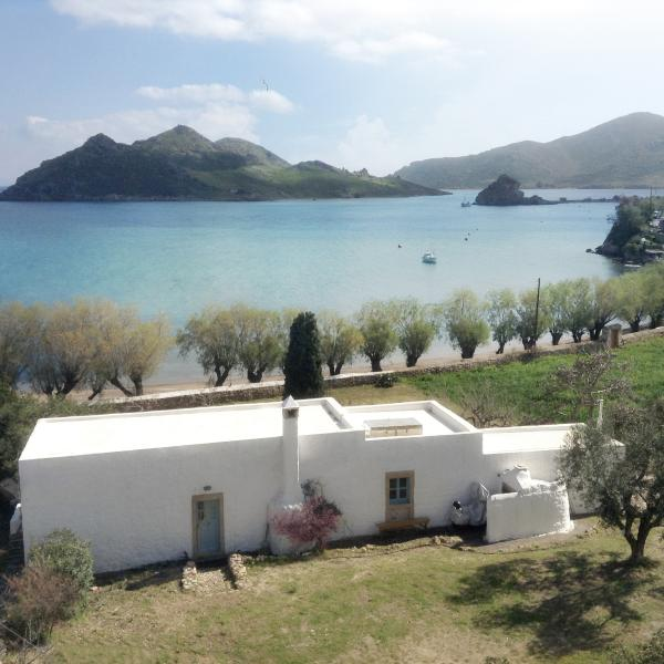 Grikos House: Charm and Character Next to the Sea in Patmos, casa vacanza a Grikos