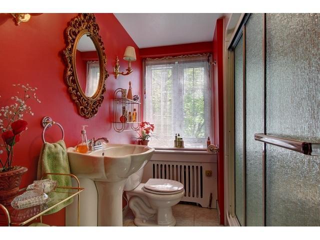 salle de bain 2 au 2e étage