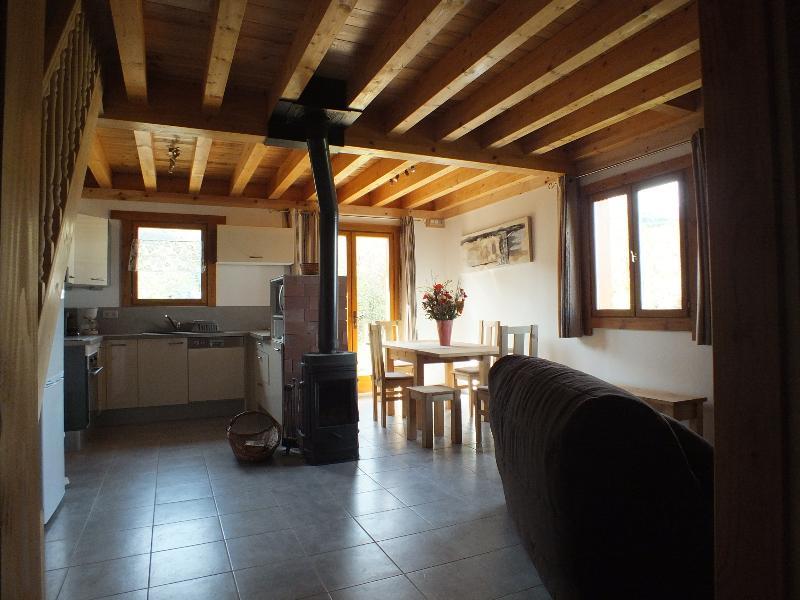 La Maison AuBoisDebout-Votre nid de vacances de rêve! Spa, sauna, notre accueil!, holiday rental in Puy-Sanieres