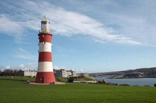 Britains Ocean City, Plymouth is just over 15 minutes away by car