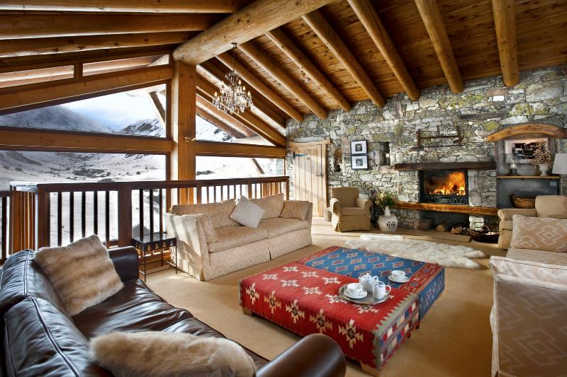 Le Joseray Chalet Sleeps 20 - 5687000, holiday rental in Val d'Isère