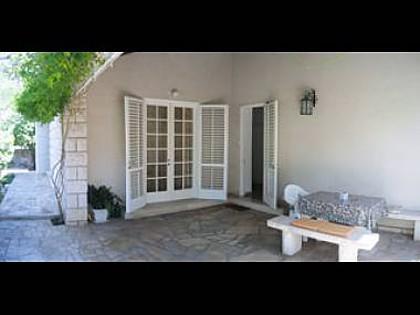 H (4 + 2): terras (huis en omgeving)
