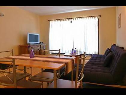 A1 1. KAT (2): living room