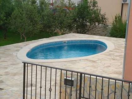 piscina (casa e arredores)
