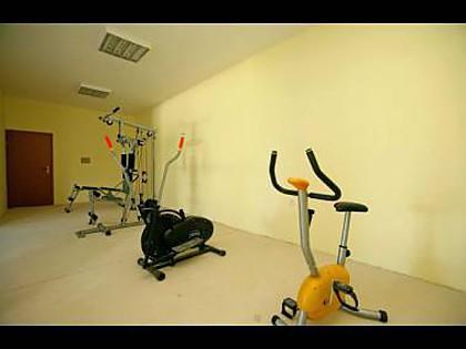 H(8+2) : salle de sport