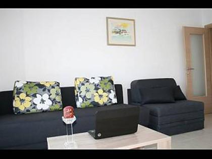 A1(2+3): living room