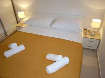 A1(2+3): bedroom