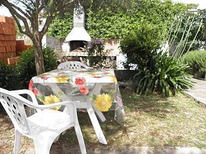 SA3(2): garden terrace
