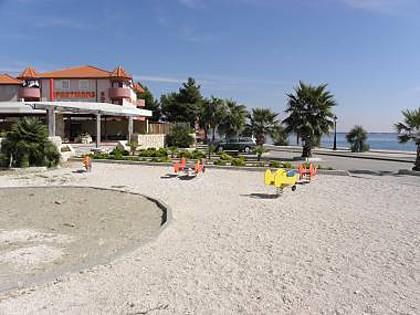 Monika - 10m from sea: A16(4+2) - Vir, vacation rental in Vir