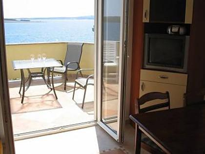 Anja 2.kat(3+2): terrace