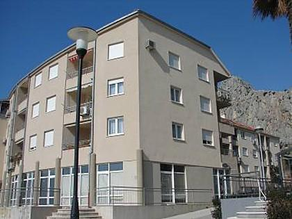 Tam A1(2+2) - Omis, vacation rental in Omis