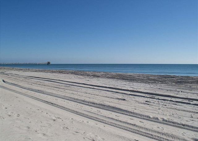 Playa frente a casa