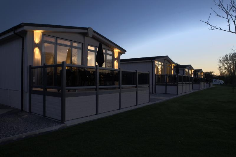 Vista exterior de la casa de campo (foto ejemplo)