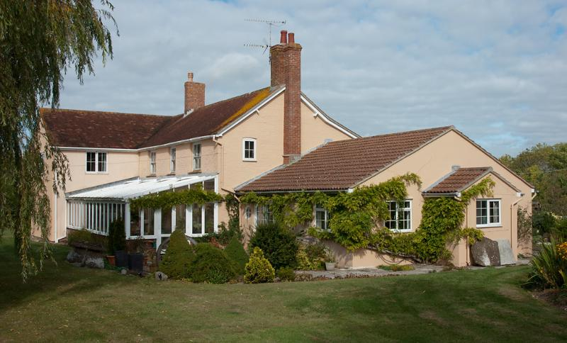 Ridge Farm Annexe adjoins the main house, which is set in it's own 3 acres of land