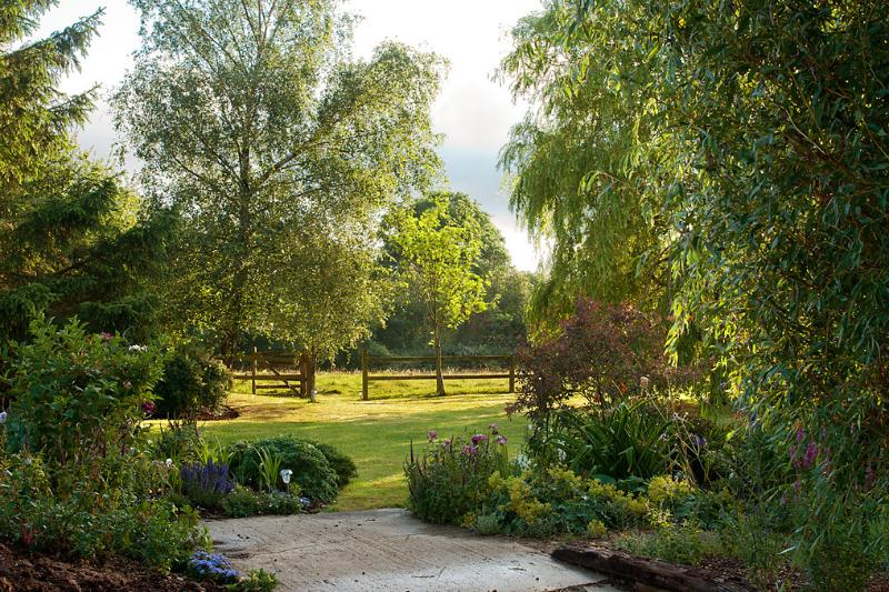 Guests can use and  enjoy the garden whenever they wish