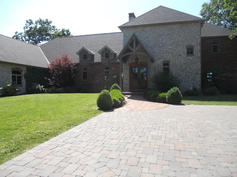 Waterfront Luxury Property. America Midwest Quincy IL
