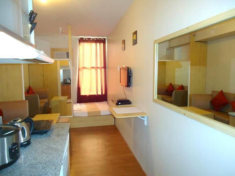 Fully furnished condominium